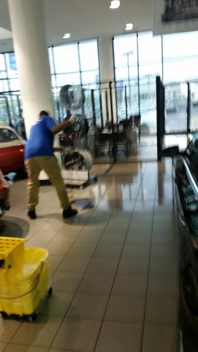 Commercial Cleaning at Car Dealership in Metairie, LA