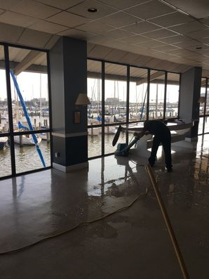 Strip & Wax Floors at New Orleans Yacht Club (4)